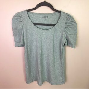 🦋 LOFT mint heather ruched short sleeve shirt